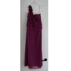 NWT David's Bridal Chiffon One Shoulder Dress